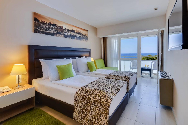 Premium Zimmer mit Balkon – Meerblick