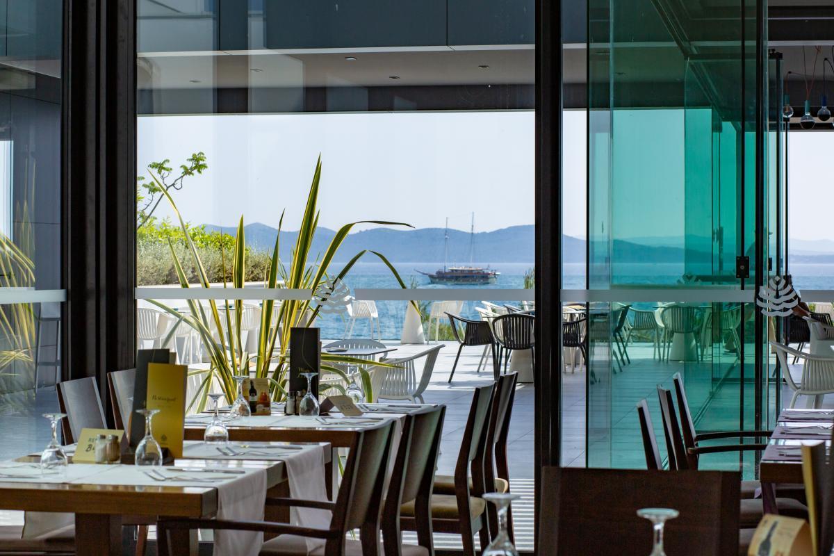 01 Hotel Pinija Restaurant